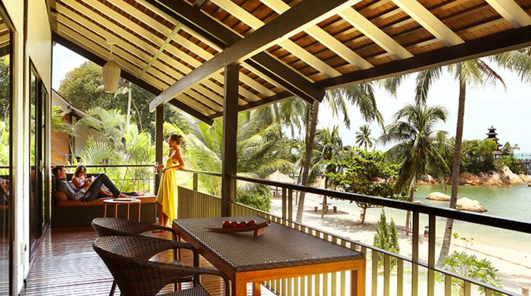 (27) Riani Suite Beachfront Family In Balcony A